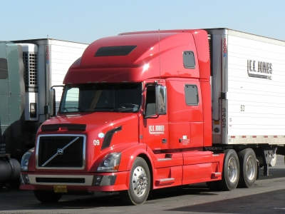 Truck Washing and Truck Detailing Services in Detroit