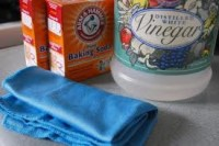 Boat Cleaning Product - Baking Soda and Vinegar