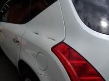 Paint Scratch Repar - White Car