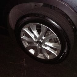 How to Apply Tire Shine in 5 Easy Steps