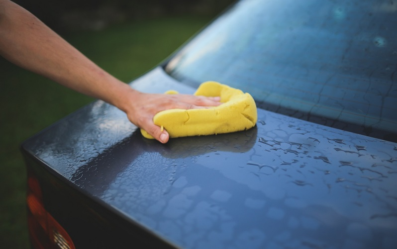 10 Green Car Wash Supplies to Use