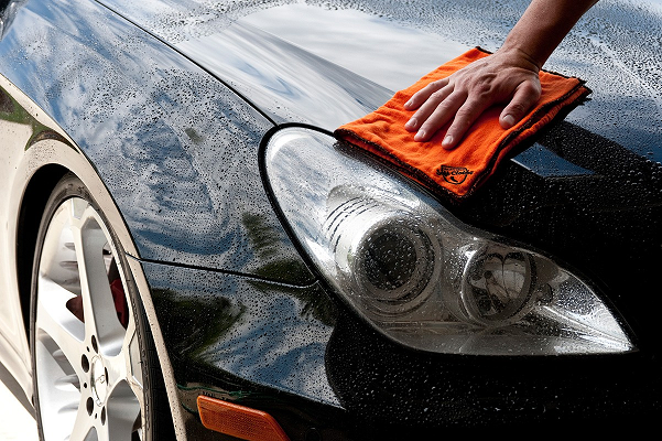 5 Clever Hacks for Keeping Your Car Clean
