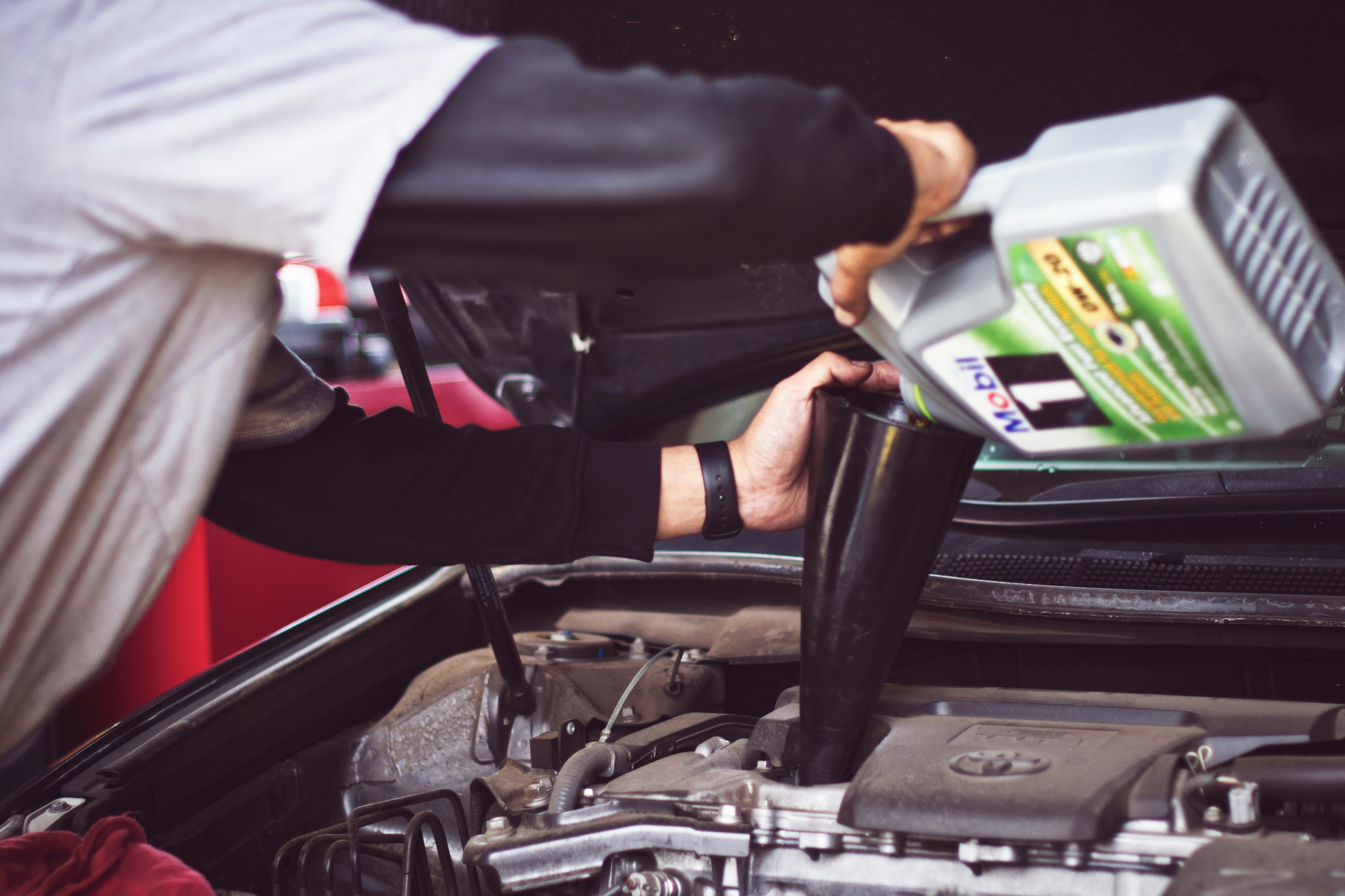 What to Do If You Accidentally Put Engine Degreaser on Your Car Paint
