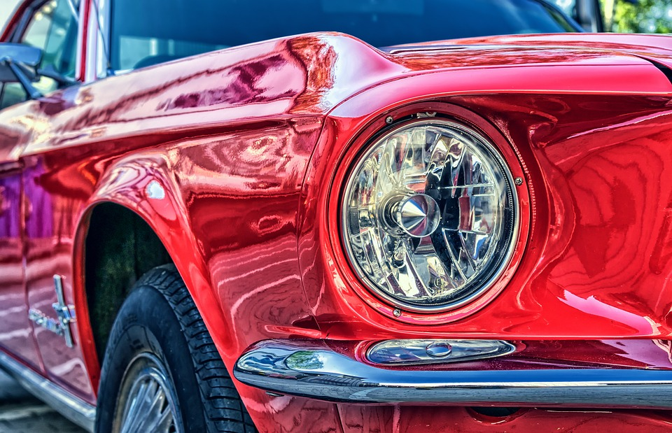 Polishing a Car: How Many Ways Can You Do It?