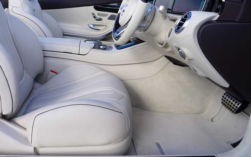 How to Clean Car Carpet Stains in 5 Easy Steps