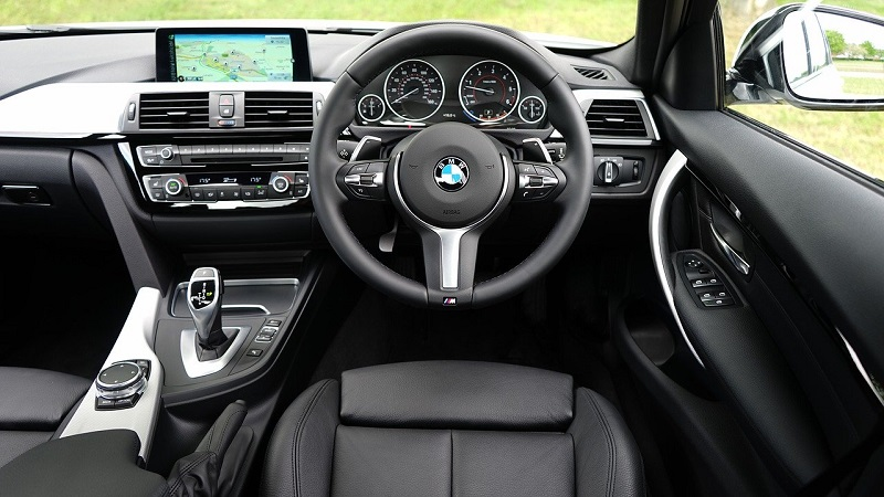 Car Interior Cleaning Tips – 10 Places in the Car People Often Forget to Clean