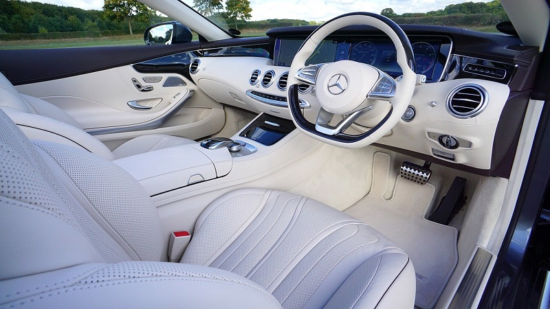 10 Must-Have Interior Detailing Tools to Properly Clean Your Vehicle